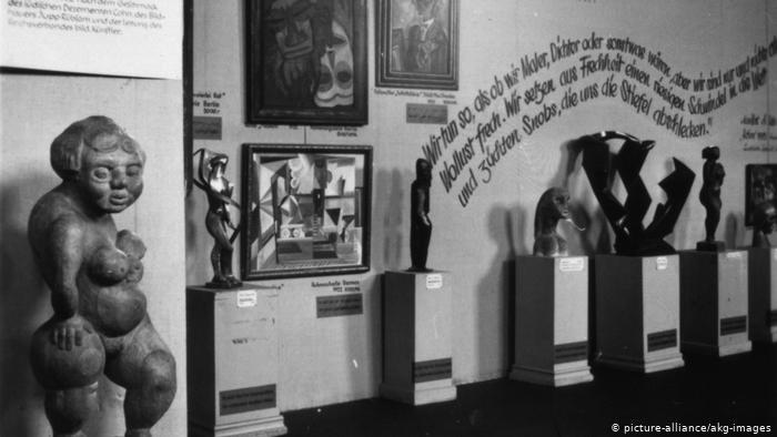 Munich Degenerate Art Exhibition (picture-alliance/akg-images)